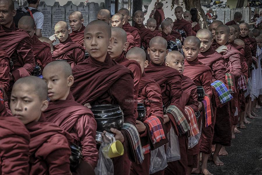monjes myanmar - ¿Es seguro viajar a Birmania?
