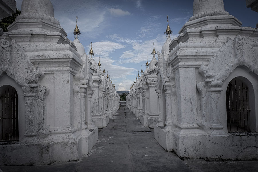 templo blanco mandalay