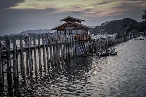 u bein bridge - Home